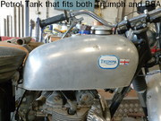 cw classic Petrol Tank that fits both Triumph and BSA